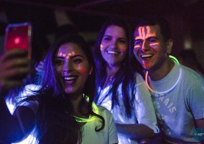 glow06