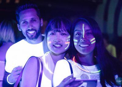 glow09