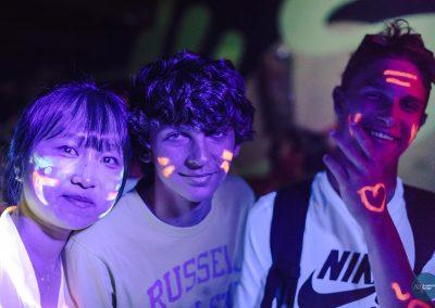 glow10