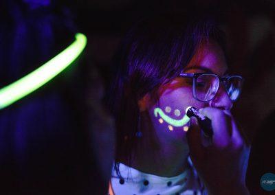 glow18